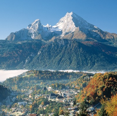 Berchtesgaden liegt dem majestätischen Watzmann zu Füßen. © Zweckverband Tourismusregion Berchtesgaden-Königssee